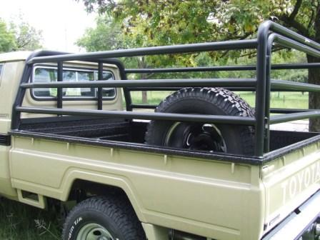 CATTLE_RAILS_LANDCRUISER_115564.jpg