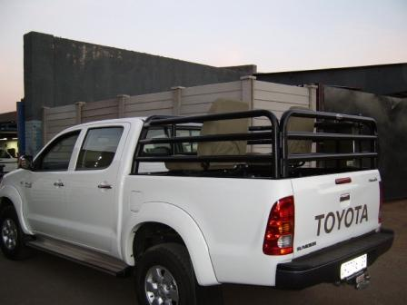 Copy_of_TOYOTA_HILUX_DCAB_RACK_a15564.JPG