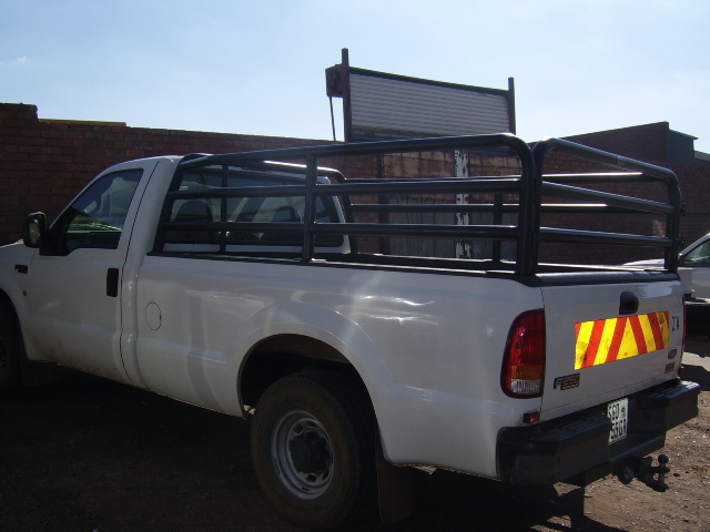 F250 CATTLE RAILS 1-3688.jpg